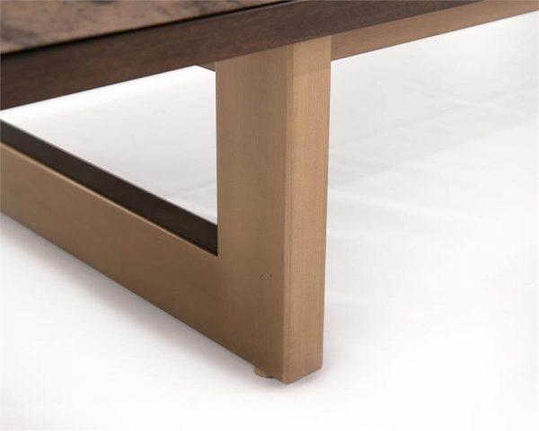 product leg detail image